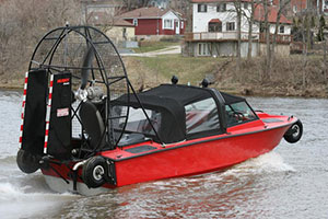 Biondo Rescue Boat with Retractable Wheels on Water